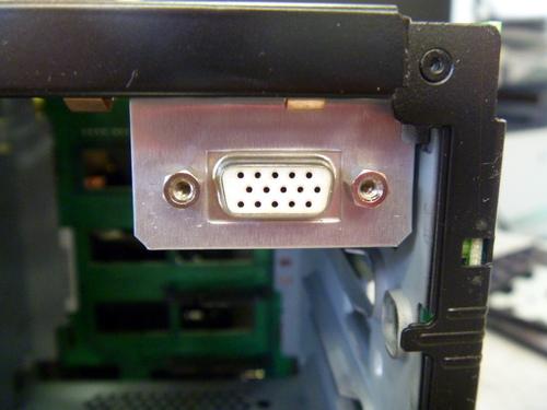 EX490のVGAポートブラケット