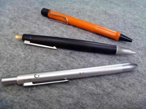 ヘビロテ中のペンたち