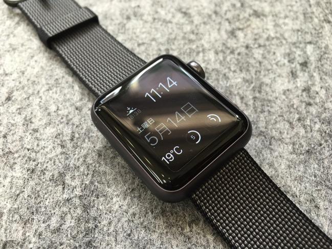 Apple Watchにウーブンナイロンのバンドをつけてみた